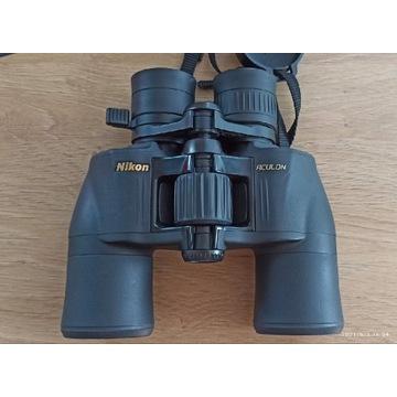 Lornetka Nikon Aculon 8-18x42