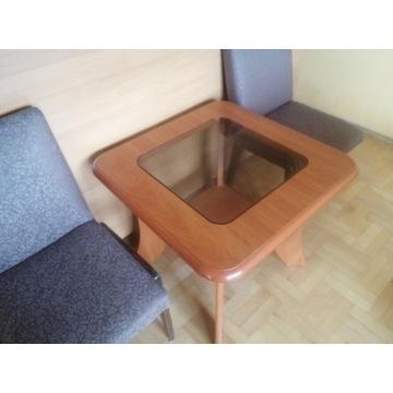 Stolik z fotelikami