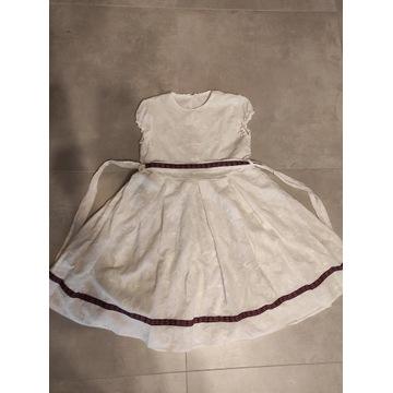 Śliczna biała sukienka rozm. 146