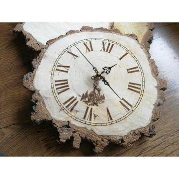 Zegar z drewna - wypalany na brzozowym plastrze