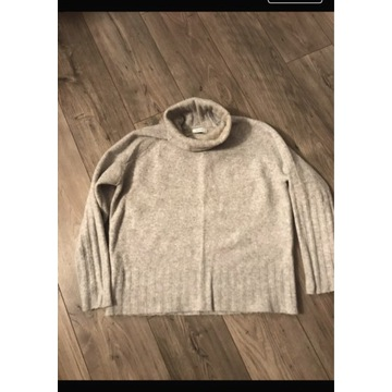Sweter z golfem Reserved