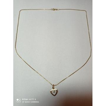 Złoty łańcuszek z zawieszką serduszko 585 14k 4g