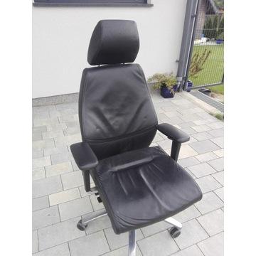 Fotel biurowy DAUPHIN skóra cena nowego 5000 zł