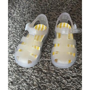 sandałki buciki dziewczece