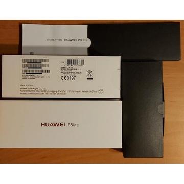 Pudełko wraz z instrukcją do Huawei P8 Lite.