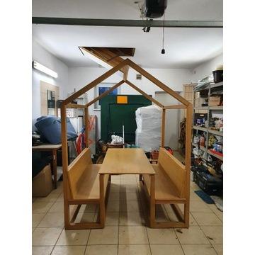 Drewniany domek dla dzieci do ogrodu / restauracji