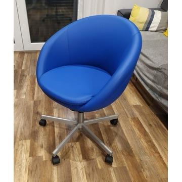 IKEA SKRUVSTA - fotel obrotowy na kółkach