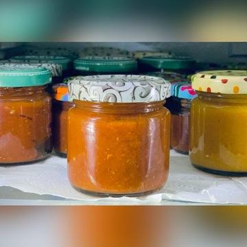Sos chili ostry carolina reaper trinidad pomidory