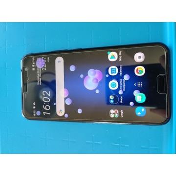 smartfon HTC U11