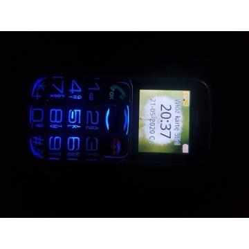 MaxCom telefon dla seniora
