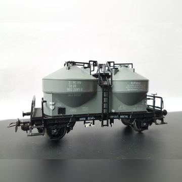 Wagon towarowy silos Ucs ep. IV DR H0