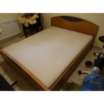 Łóżko 160x200 + materac, płyta mdf
