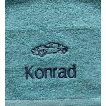 Ręcznik 30x50 z haftem imienia Konrad upominek