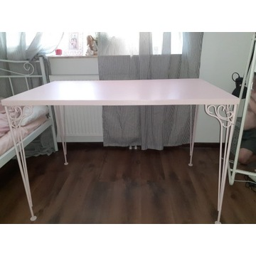 Biurko IKEA dla dziewczynki