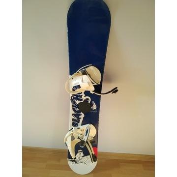 Deska snowboardowa Black Hole 158 wiązania Burton