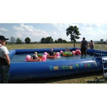 Atrakcje wodne w basenach kule wodne i łódki