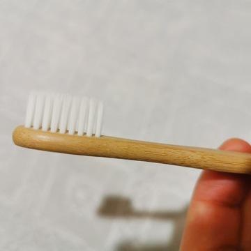 Bambusowa ekologiczna szczoteczka do zębów