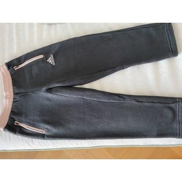 Adidas spodnie dresowe 122/ 6-7 lat