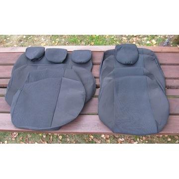 Pokrowce, nakrycia na siedzenia. Corolla heatchbec