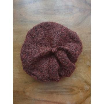 Moherowy bordowo-czarny beret vintage
