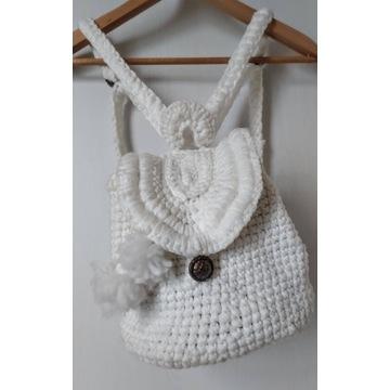 Plecak handmade szydełko biały  rękodzieło