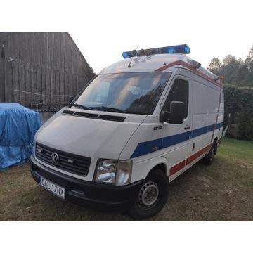 Sygnalizacja stroboskopowo- ledowa z ambulansu