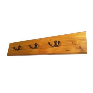 Wieszak na ubrania ścienny drewniany