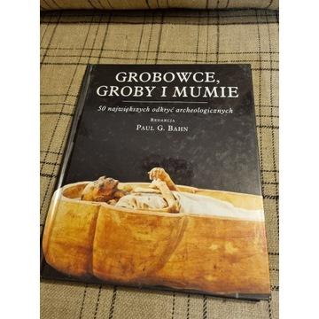 """Książka """"Grobowce, groby i mumie"""""""