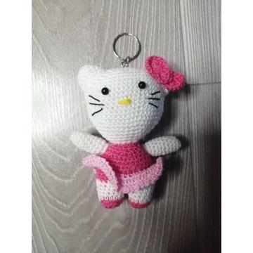 Kotek a la Hello Kitty - breloczek