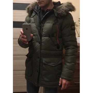 Kurtka zimowa Superdry puchowa płaszcz