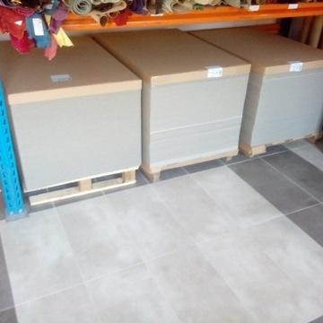 TEKTURA INTROLIGATORSKA SZARA 700x1000 B1 1,5mm