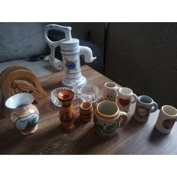 Studnia porcelana. Kufle wazoniki