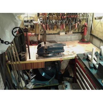 Stół warsztatowy do piwnicy, garażu
