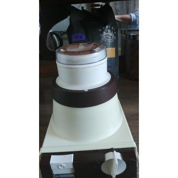 Młynek ektryczny do kawy