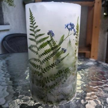 Świeca ręcznie robione z roślinami