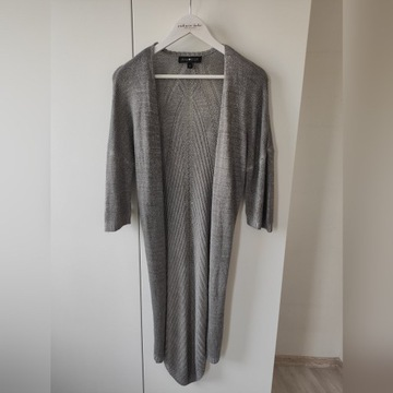 Srebrny sweter Anna Scott!