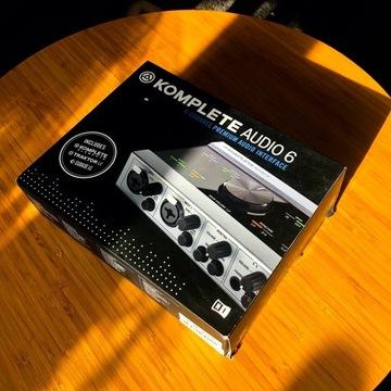 Komplete Audio 6 / Native Instruments