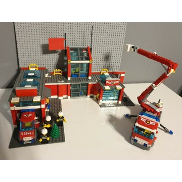 LEGO CITY 7945 REMIZA STRAŻACKA