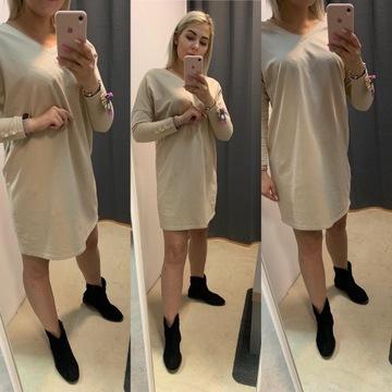Sukienka z guziczkami