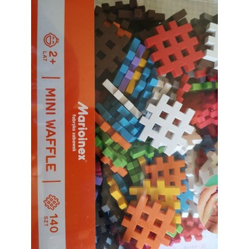 MINI WAFFLE 140 elementów