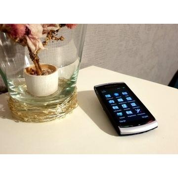 Sony Ericsson Vivaz (U5i, smartfon z 2010 roku)