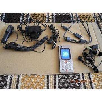 Sony Erikson W 880i walkman