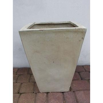 Piękna kremowa donica mrozodporna wysokość 50 cm