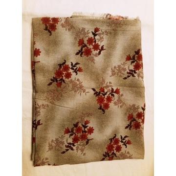 KUPON 150x220 cm tkanina beżowa w czerwone kwiaty
