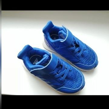 Adidas buty 22 13cm wkładka jak nowe