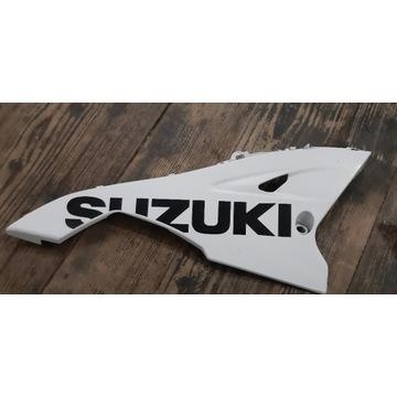 Plug owiewka prawa SUZUKI GSX-R 1000 K9 L0