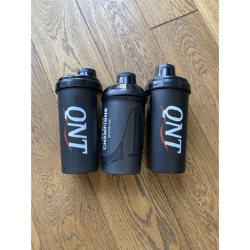 Shaker do odżywek 700ml