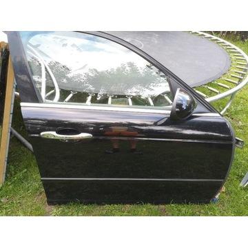 Jaguar XJ X350 Drzwi  prawe  kompletne