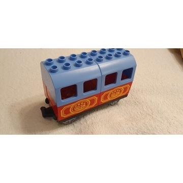 LEGO DUPLO wagon pasażerski
