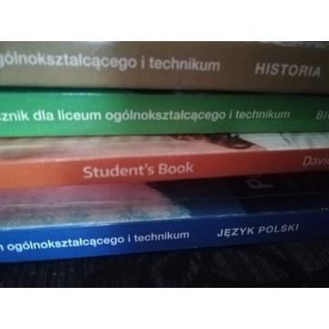 Zestaw podręczników do II klasy technikum.